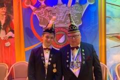 Sitzungspräsident Frank Feser und sein Azubi Lars van de Sand